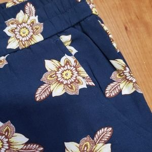 LOFT Pants - Loft Flowered Pants